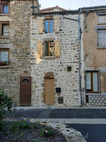 Vic-le-Comte的民宿