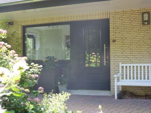 Schöne 2 Zimmer-Einliegerwohnung in Kellinghusen