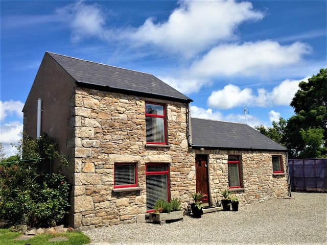 Wild Atlantic Way Cottage -Classic Luxury- WIFI