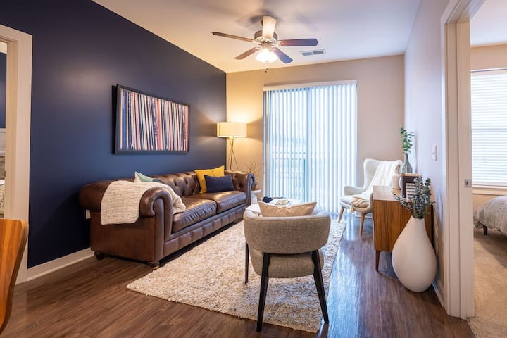 Stay in a place of your own | 1BR in Durham