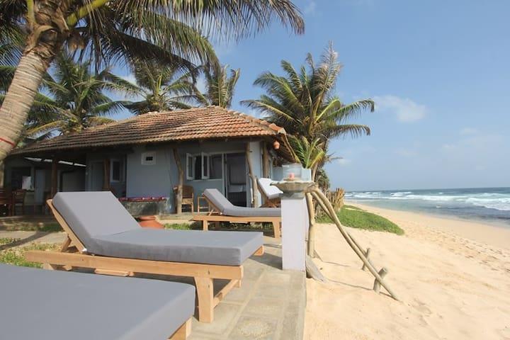 EKA Beach,Talpe, Galle, Sri Lanka