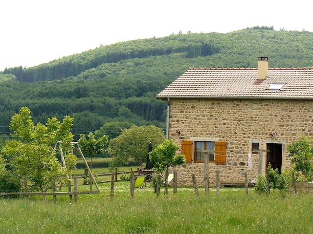Buffières的民宿