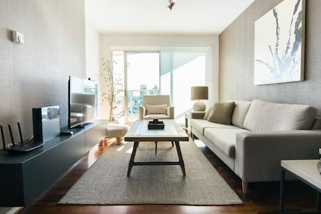 NEW. Modern and Bright, Central Location. 2BR, Pkg