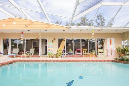 Pool House Near Everglades and Keys