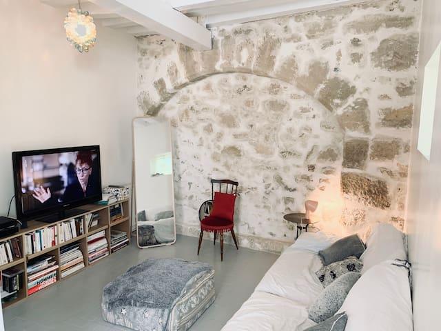 Chambre calme dans charmante maison de ville