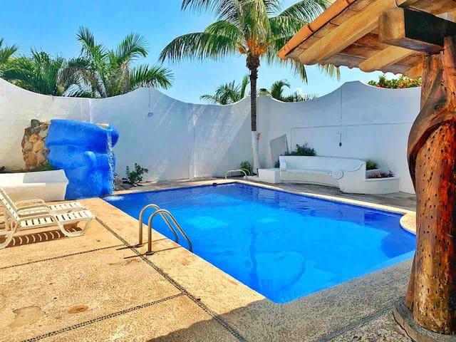 Casa con alberca en la mejor zona de Manzanillo