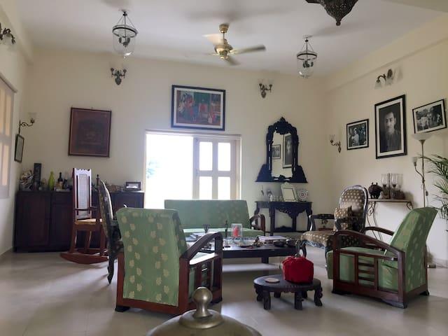 Ujjain的民宿