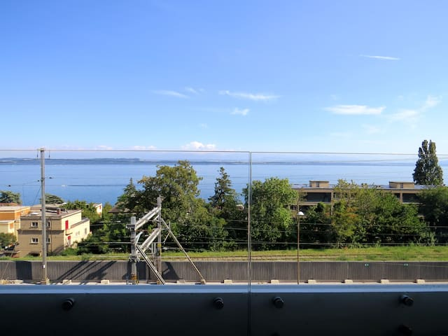 纳沙泰尔(Neuchâtel)的民宿