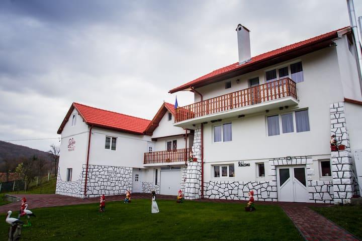Vâlcele - Covasna的民宿