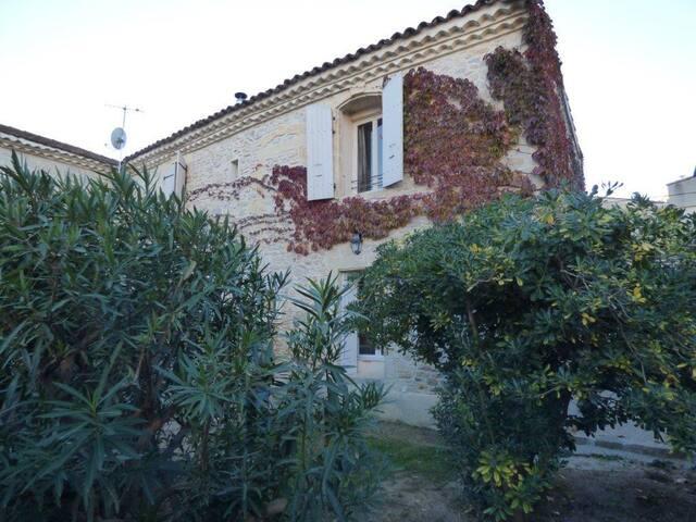 Saint-Côme-et-Maruéjols的民宿