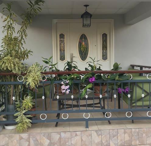 Chaguanas的民宿