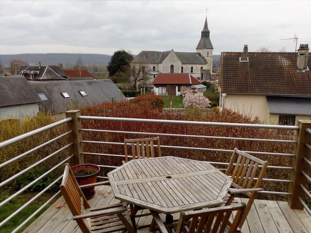 Le Mesnil-sous-Jumièges的民宿
