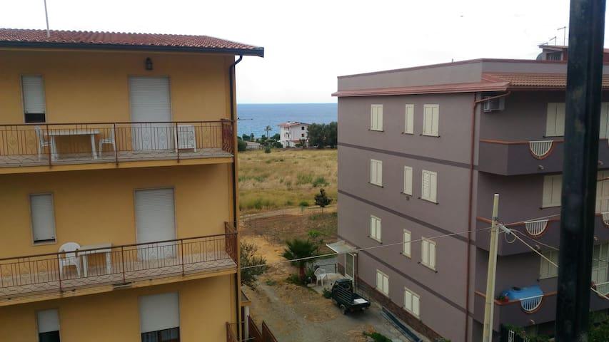 Marina di San Lorenzo的民宿