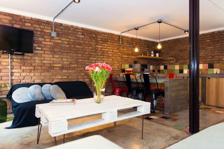 Design apartment in 5ta seccion!