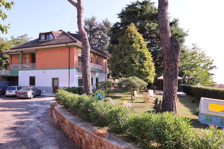 Ariccia的民宿