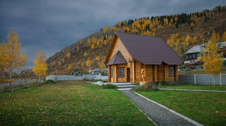 Tashtagol的民宿