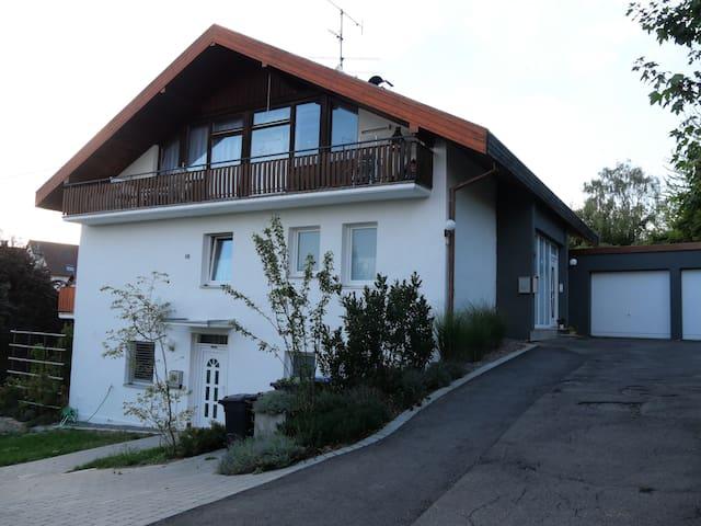 Mötzingen的民宿