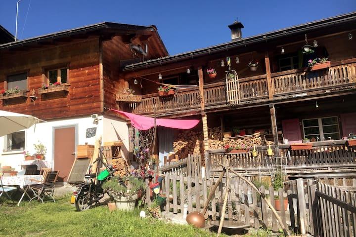 Conters im Prättigau的民宿