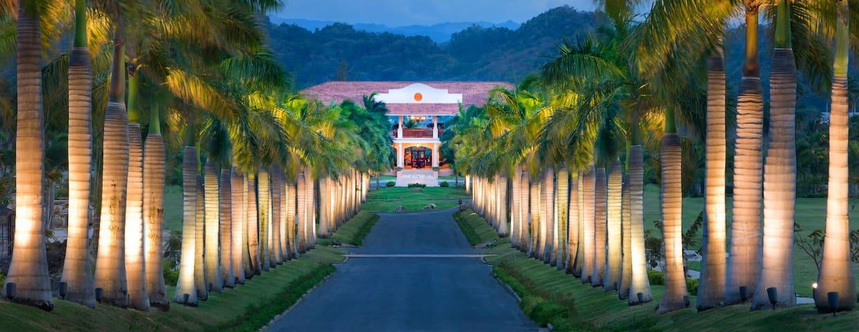 Spacious Villa at Dorado Beach