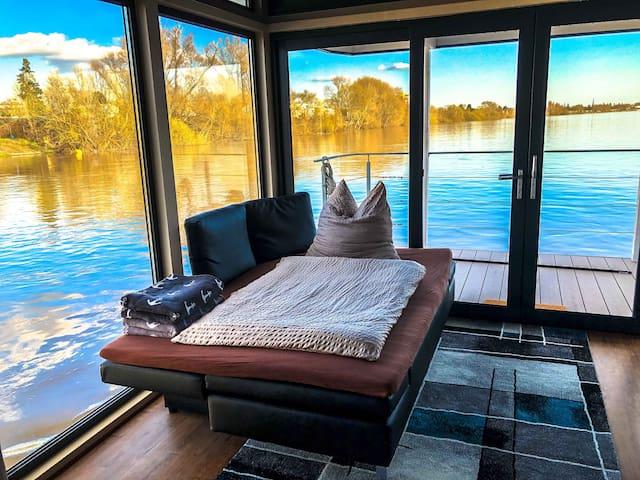 villa.nautica | Houseboat Apartment Urban Living