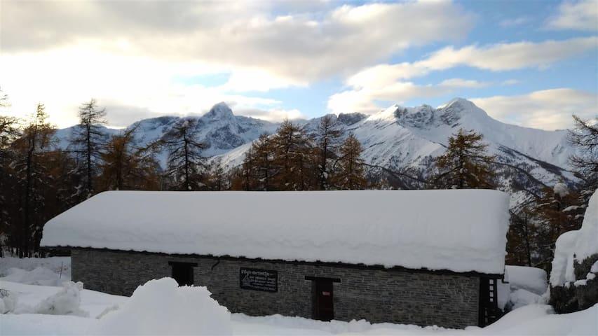 Colle San Giovanni的民宿