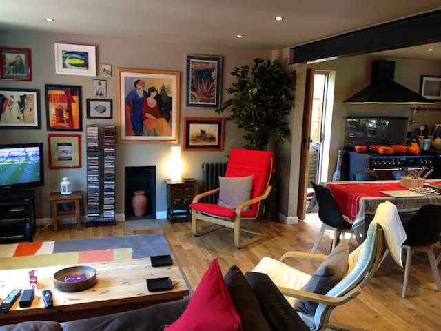 Single Room in Wickham with Garden View