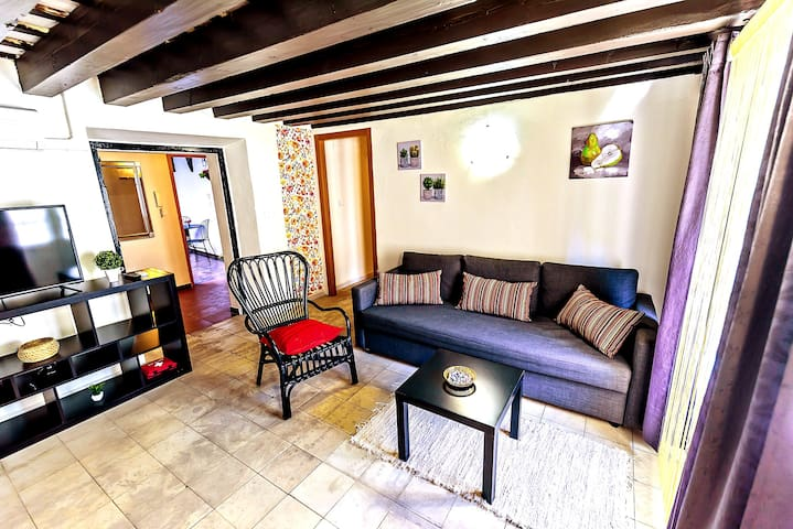 Milagros #1, three-bedroom Central Apartment