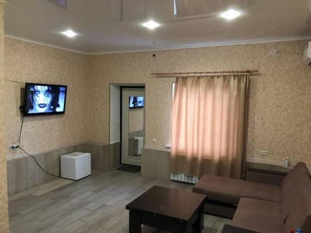 Zaoserednyye Sady的民宿