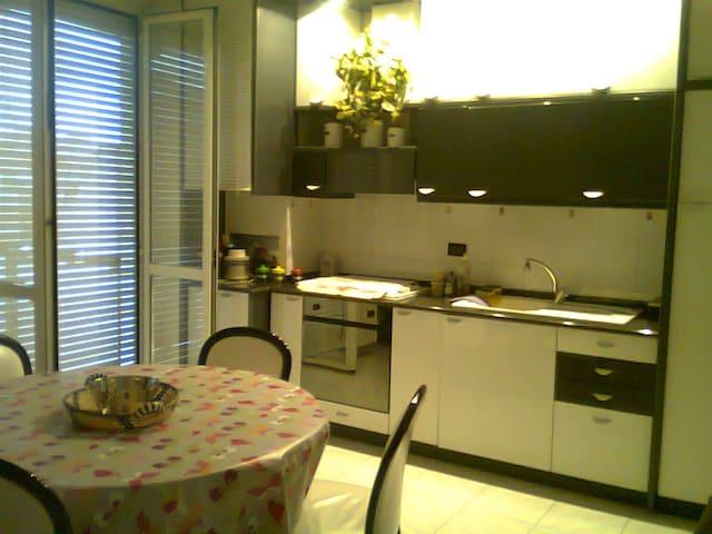 Nice flat near Milan Center