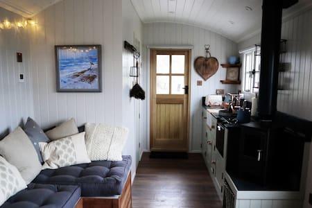 Landrends Cornish Shepherd's Hut