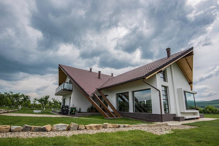 Robeşti的民宿