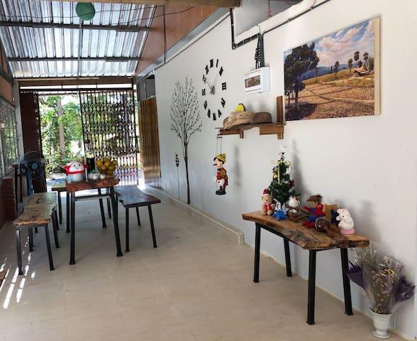 Mueang Det的民宿