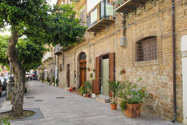Santo Stefano di Camastra的民宿
