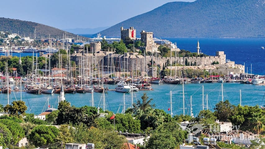 Bodrum Central Suites #11-Canadian Host
