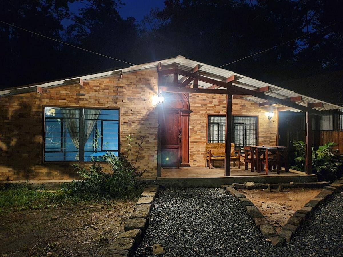 Casa, piscina, sauna, turco, hidromasaje