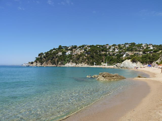 COSTA BRAVA, NATURE & 5 MIN WALK FROM DE BEACH