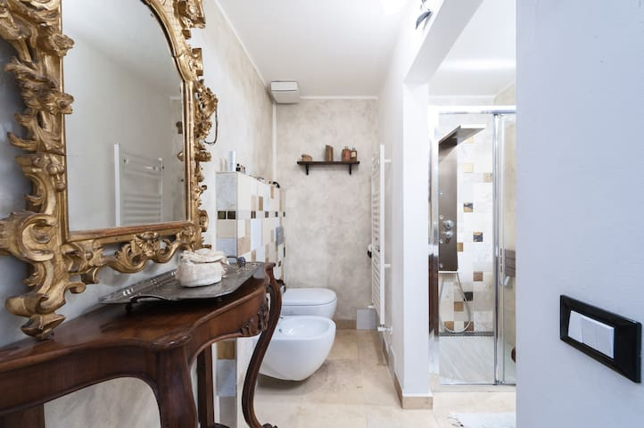 Gorgeous bathroom's Delicious Bedroom in a loft