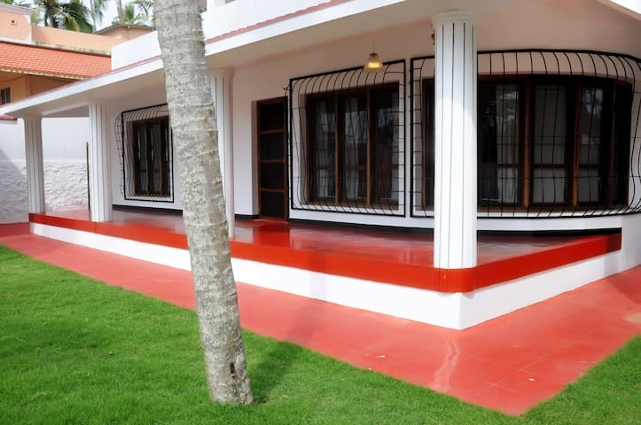 KOVALAM HOLIDAY HOME ITALIAN DESIGN AT LIGHTHOUSE