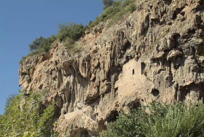科蒂尼亚克(Cotignac)的民宿