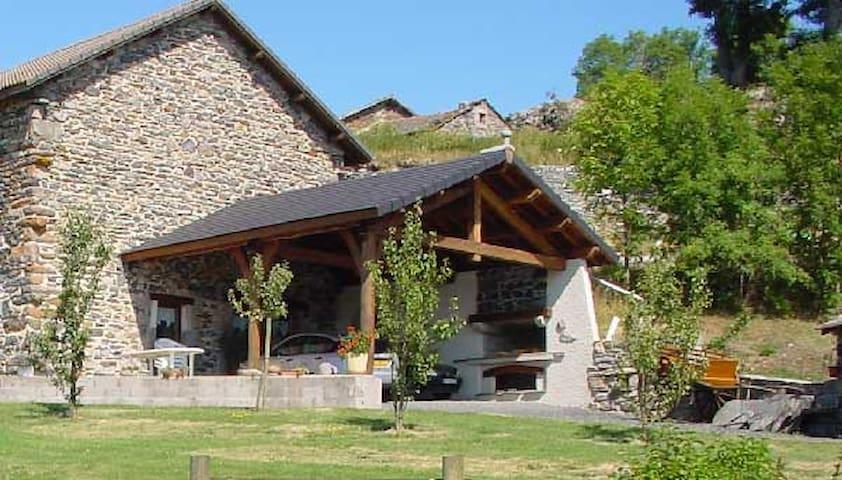 Mazet-Saint-Voy的民宿
