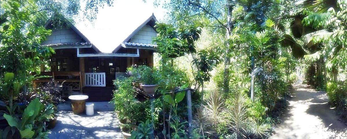Tambon Bang Chang的民宿