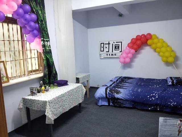 浪漫舒适大床房