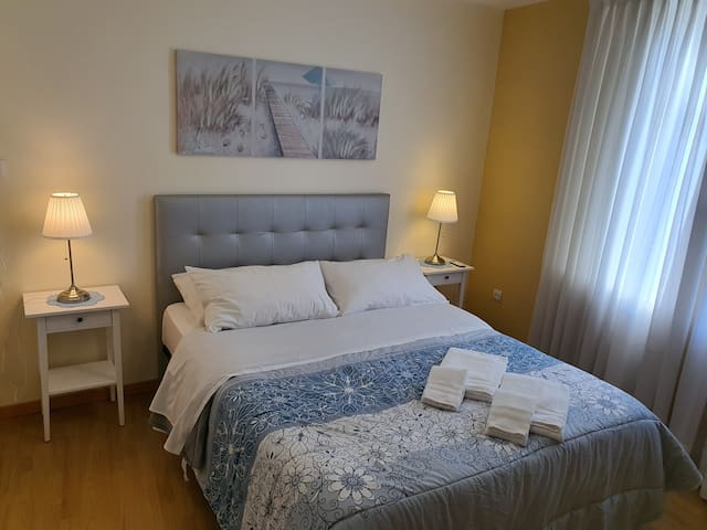 Cosy apartment by subway(Parking FREE)