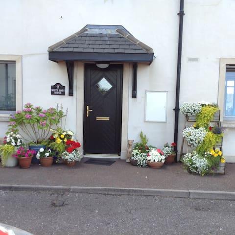Enniskillen 的民宿