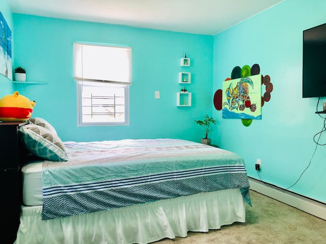 BRONX PRIVATE ROOM with queen size bed
