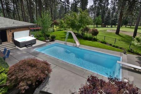 Guesthouse w/Hot Tub, Pool, & Golf