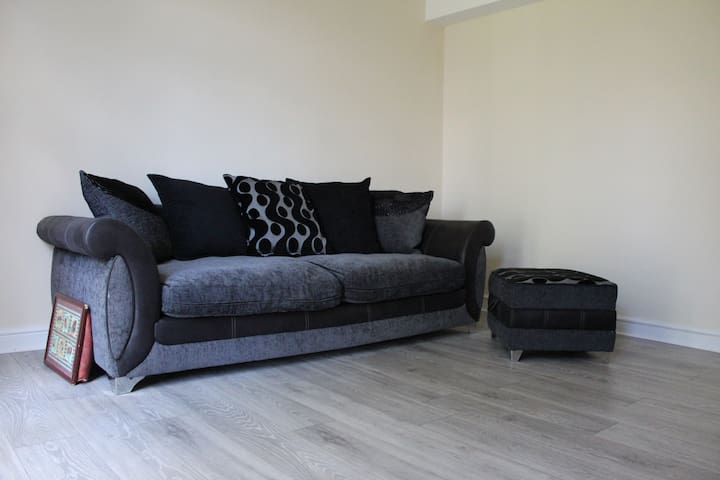 R4 - Sofa Bed Near LCFC/CityCentre/FossePark