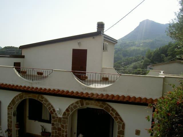 Sangineto的民宿