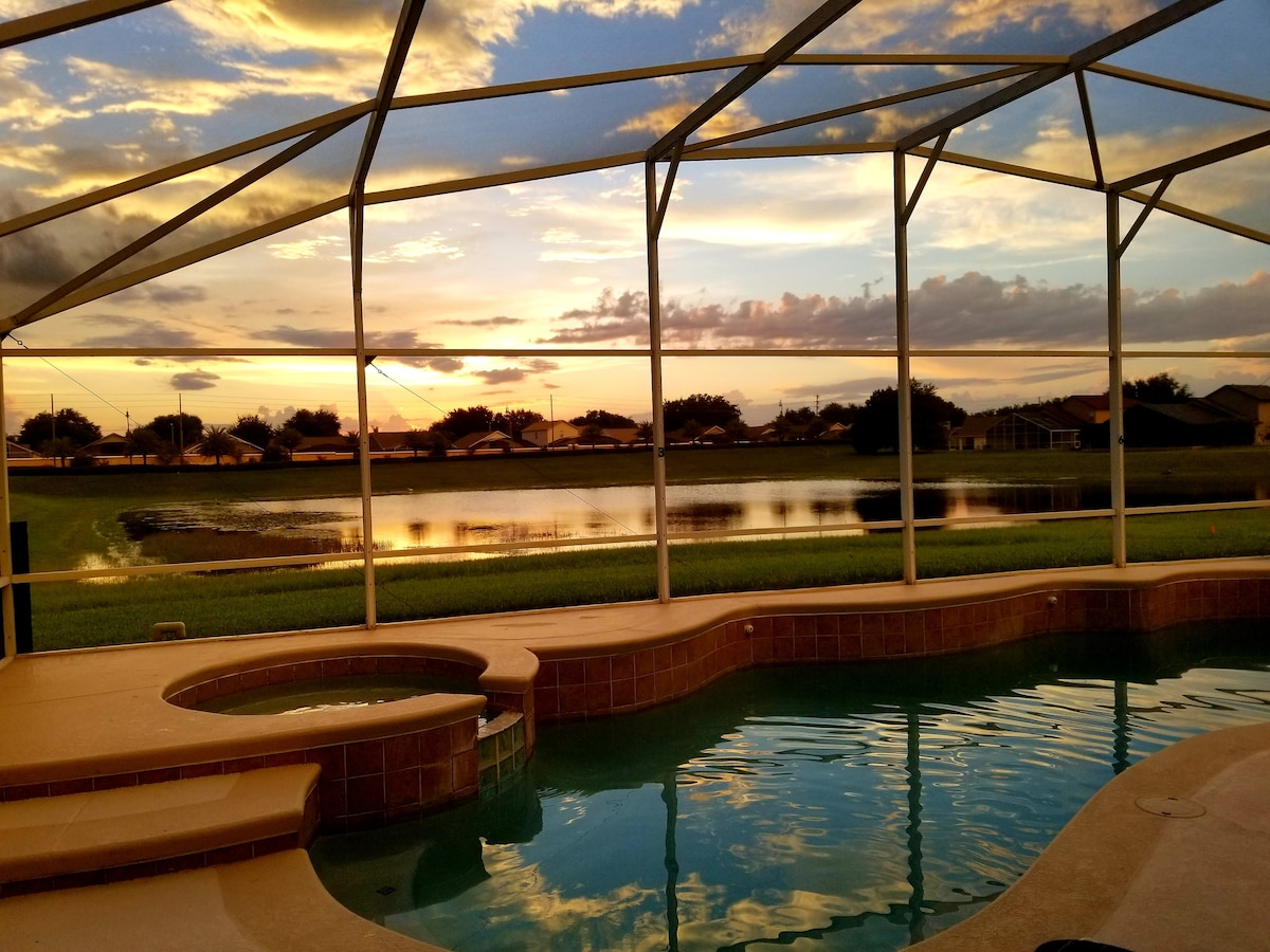 Gorgeous Florida Getaway in Central Location!