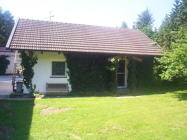 Kirchdorf am Inn的民宿